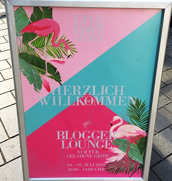 hashmag blogger lounge live love aloha