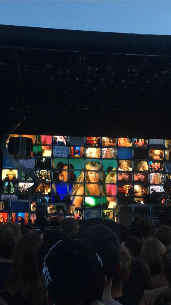 Konzert: Britney Spears Piece of me Tour / Pitbull / Mönchengladbach