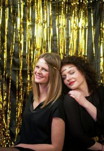 friends in gold lametta schwarz