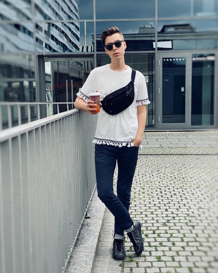 Outfit von Pierre Engelmann blaue Hose